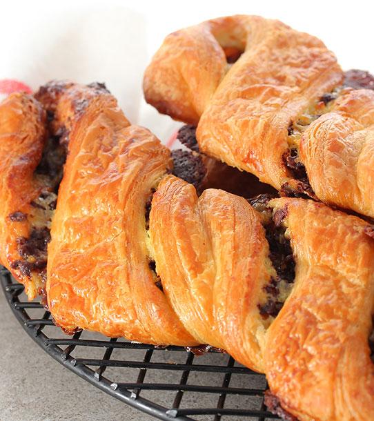 Viennoiseries et gaufres | Pâtisserie Chocolaterie Raffin
