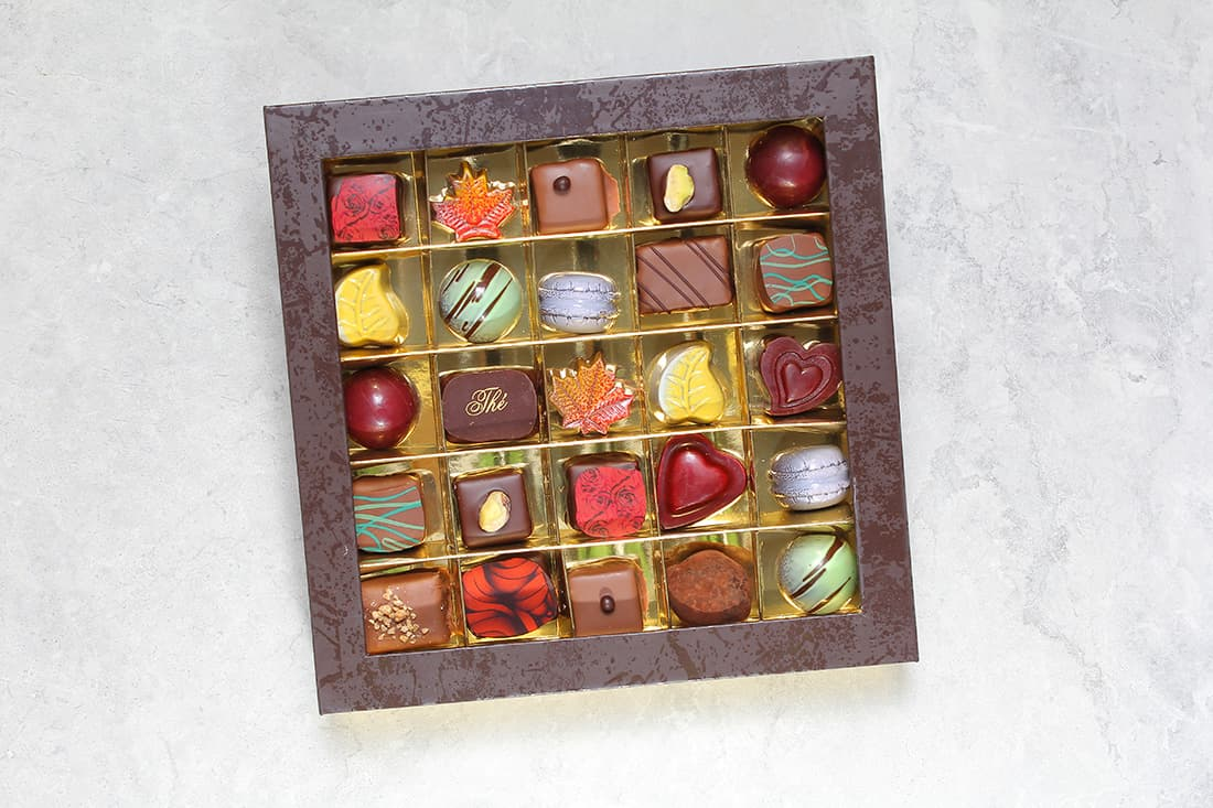 Boîte de 25 chocolats | Chocolats fins | Pâtisserie Chocolaterie Raffin