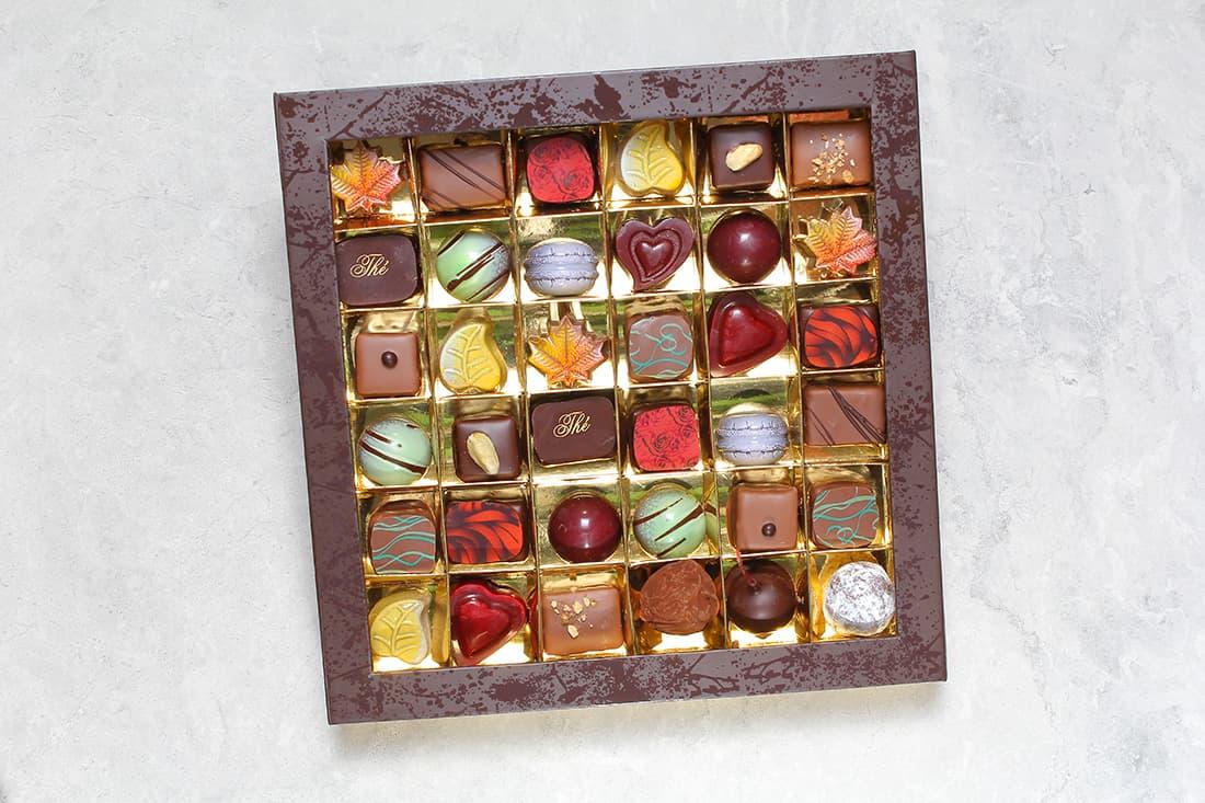 Boîte de 36 chocolats   Chocolats fins   Pâtisserie Chocolaterie Raffin