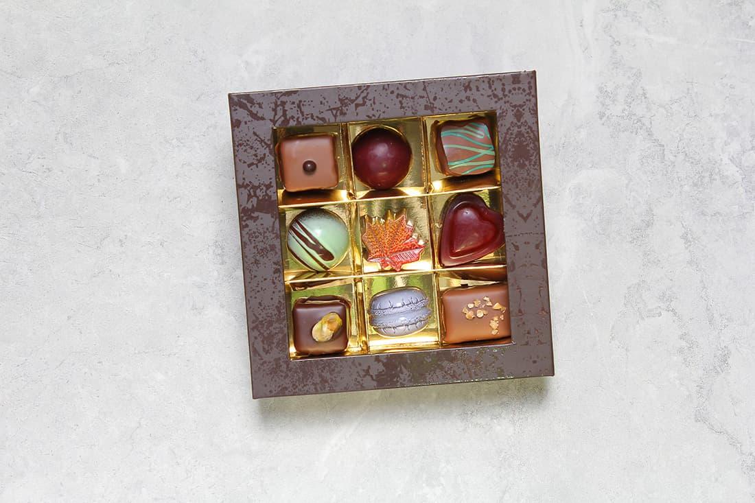 Boîte de 9 chocolats | Chocolats fins | Pâtisserie Chocolaterie Raffin