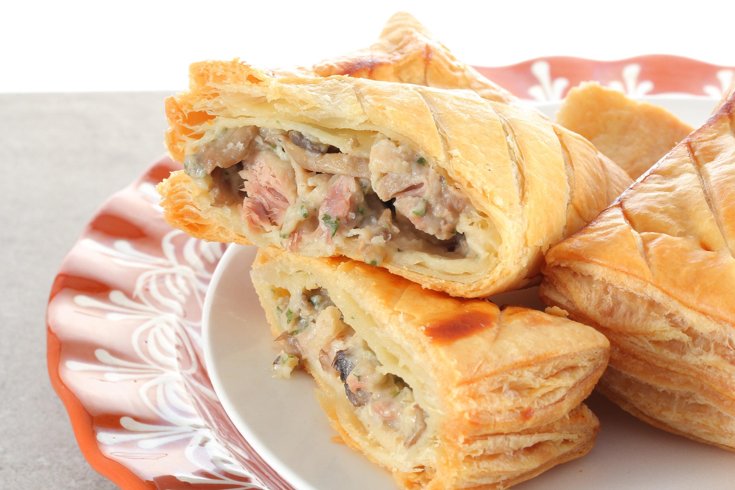 Feuilletés au poulet | Plats cuisinés | Pâtisserie Chocolaterie Raffin