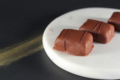 Feuilleté praliné | Chocolats fins | Pâtisserie Chocolaterie Raffin